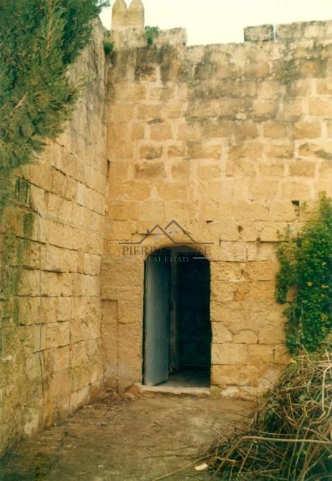 Farmhouse For Sale In Siggiewi Malta Pierre Faure Real